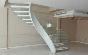 11 2 300x190 ابعاد و انواع پله گرد