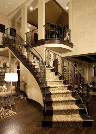 11b1719c0e2b43e0_2643-w400-h560-b0-p0--traditional-staircase