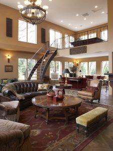 5 1 225x300 چگونه میتوانید یک پله گرد مناسب برای خانه تان پیدا کنید؟