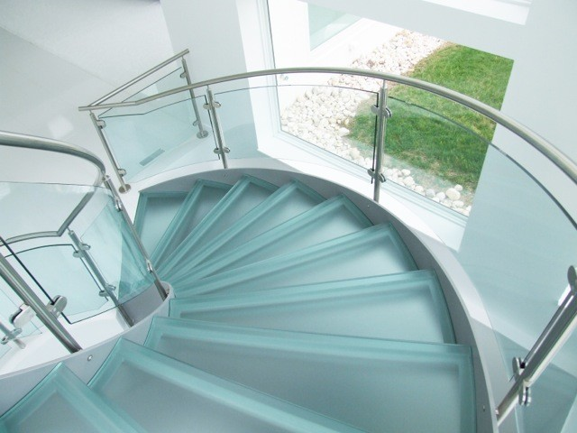 پله گرد دو محور ورقی