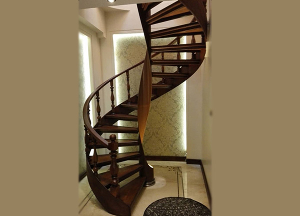 پله گرد حول لوله یرش خورده